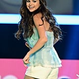 Selena Gomez took the stage the Kids' Choice Awards.
