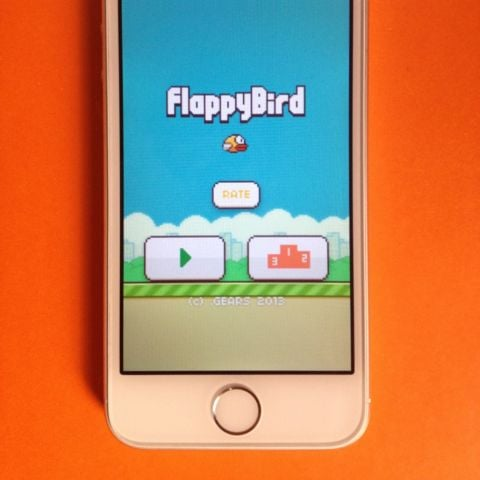 iphone with flappy bird iphone with flappy bird popsugar tech 15544