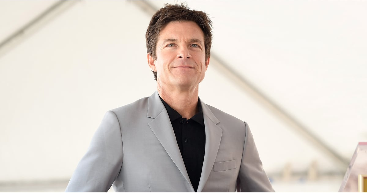 PopsugarEntertainmentThe New York TimesJason Bateman Apology For NYT Arrested Development InterviewArrested Development: Jason Bateman Apologizes After Excusing Jeffrey Tambor's Abusive Behavior May 24, 2018 by Quinn Keaney0 Shares Chat with us on Facebook Messenger. Learn what's trending across POPSUGAR.In a long-ranging interview with The New York Times, most of the male Arrested Development cast members repeatedly shoved their feet in their mouths when the conversation turned to the sexual assault allegations against Jeffrey Tambor, who was also present at the interview. Jason Bateman, David Cross, and Tony Hale attempted to excuse his abusive onset behavior over and over again throughout the interview, even when Jessica Walter — who plays the delightfully sardonic Bluth matriarch Lucille — broke down in tears recounting a past incident with Tambor.When Walter began speaking about it, Bateman immediately tried to brush it off, saying that the cast