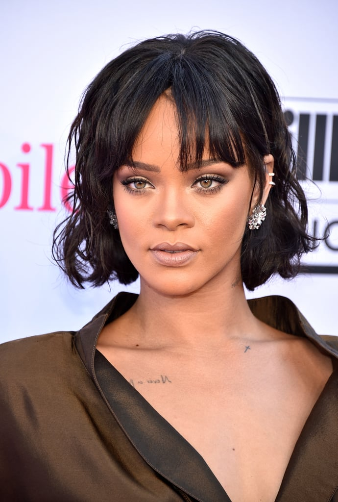 Rihanna S Hair And Makeup At The 2016 Billboard Music
