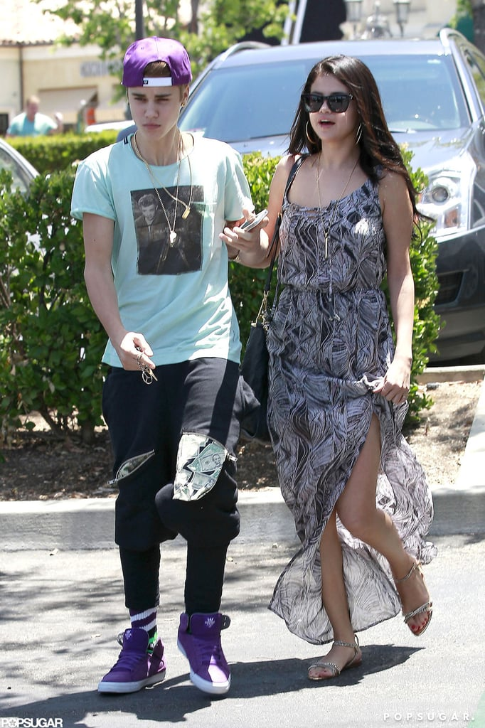 Selena Gomez And Justin Bieber Pictures On Movie Date  Popsugar Celebrity-3439