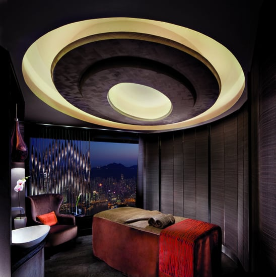 The Highest Spa in the World Opens in Hong Kong 2011-06-14 13:16:13