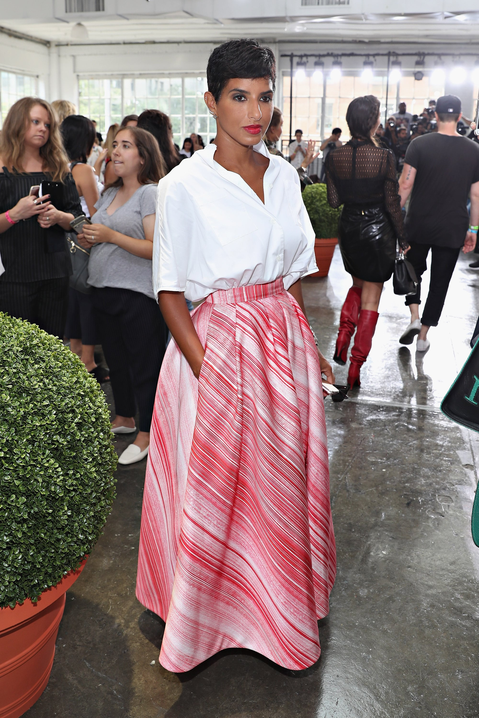 She Finds Fresh Ways to Remix a White Button-Down — Like With a Poufy, Pink Skirt