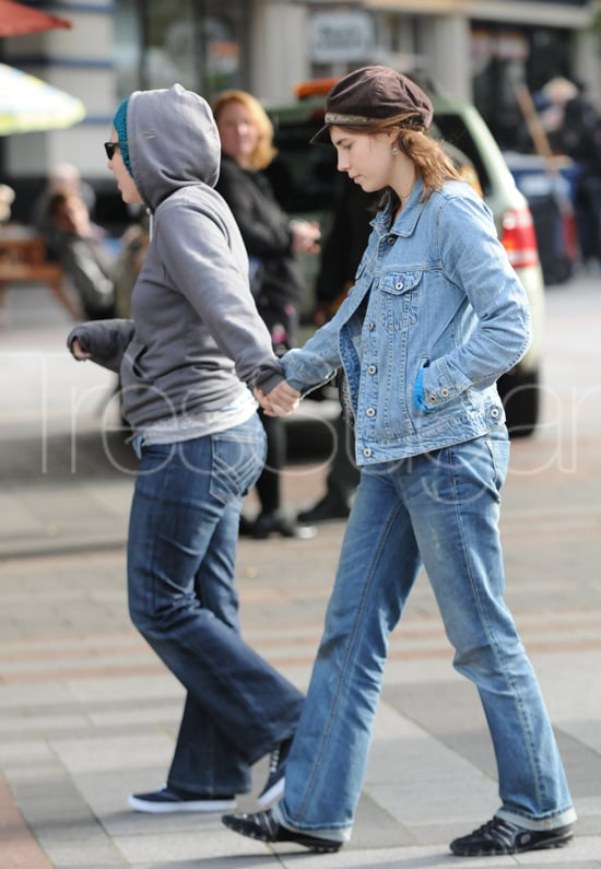 amanda knox went shopping yesterday with her best friend