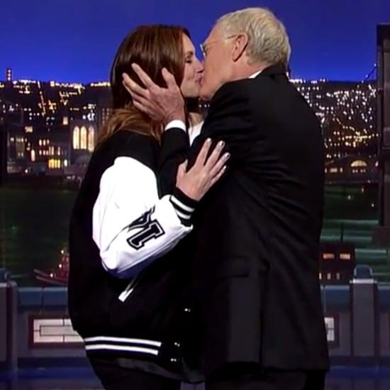 Julia Roberts Kisses David Letterman May 2015   Video