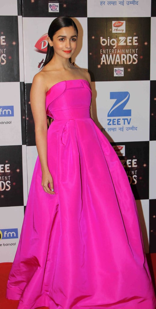 Opting for a Barbie-pink strapless gown. | Alia Bhatt Style Photos ...