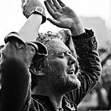Irish singer Glen Hansard braved the rain in 2014.