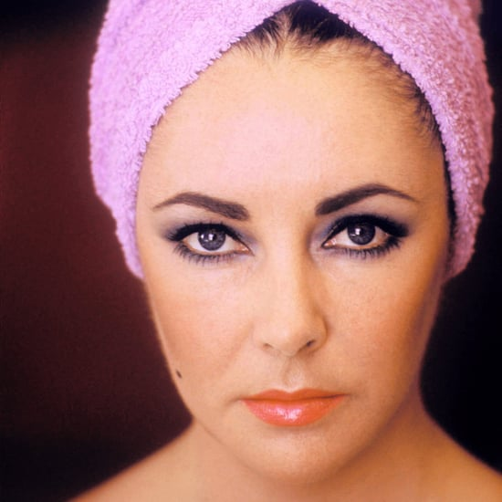 Video of Elizabeth Taylor Doing Her Makeup