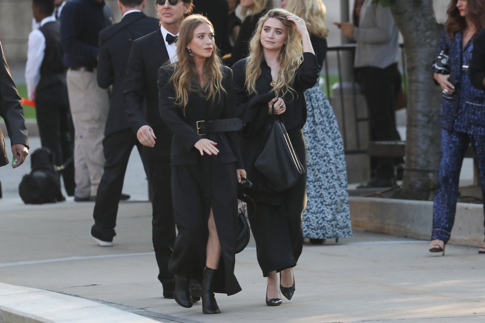 NEW YORK, NY - JUNE 04:  Mary-Kate Olsen and Ashley Olsen arrive for the 2018 CFDA Fashion Awards at Brooklyn Museum on June 4, 2018 in New York City.  (Photo by Rob Kim/GC Images)