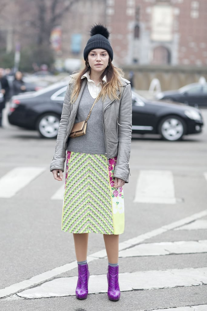 We loved that this styler incorporated a nod to Spring on her bright pencil skirt.
