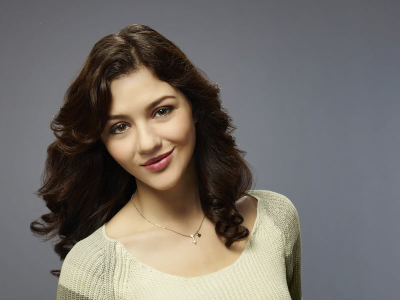 Katie Findlay as Maggie on The Carrie Diaries.
