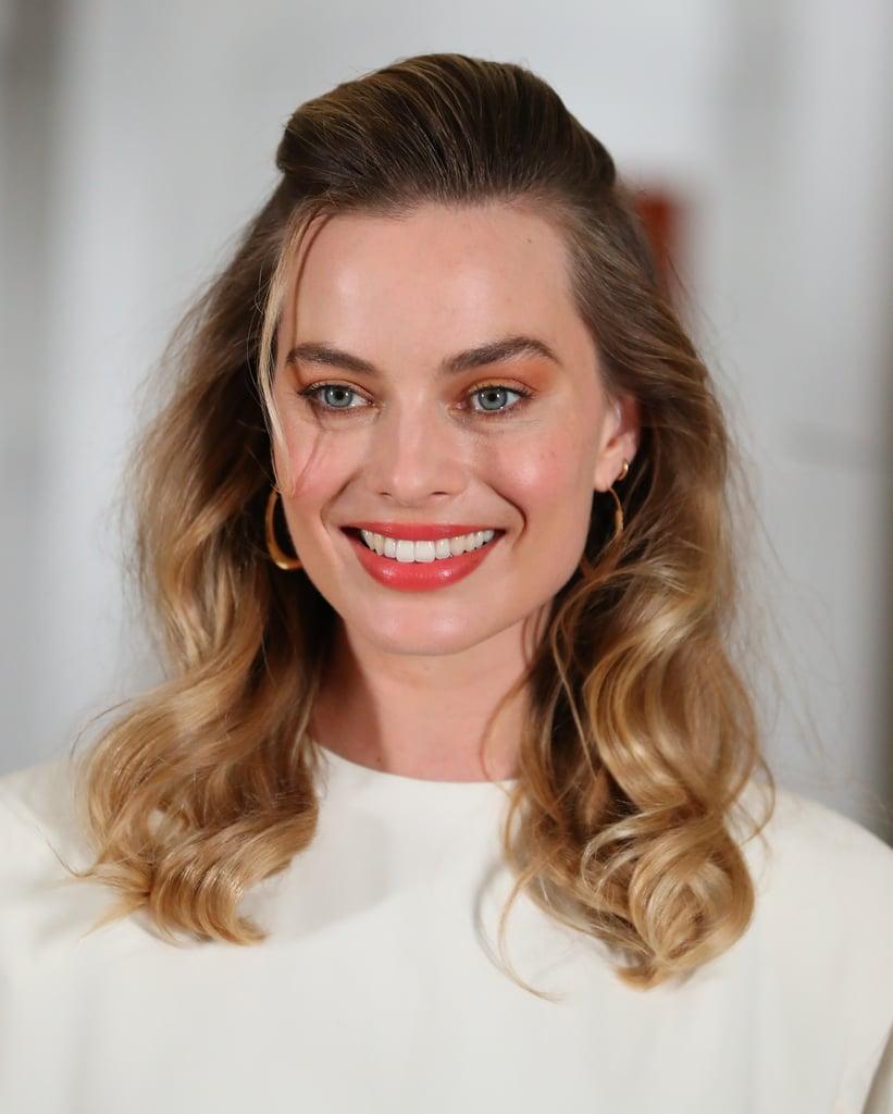 Margot Robbie Neon Orange Makeup and Nails 2019