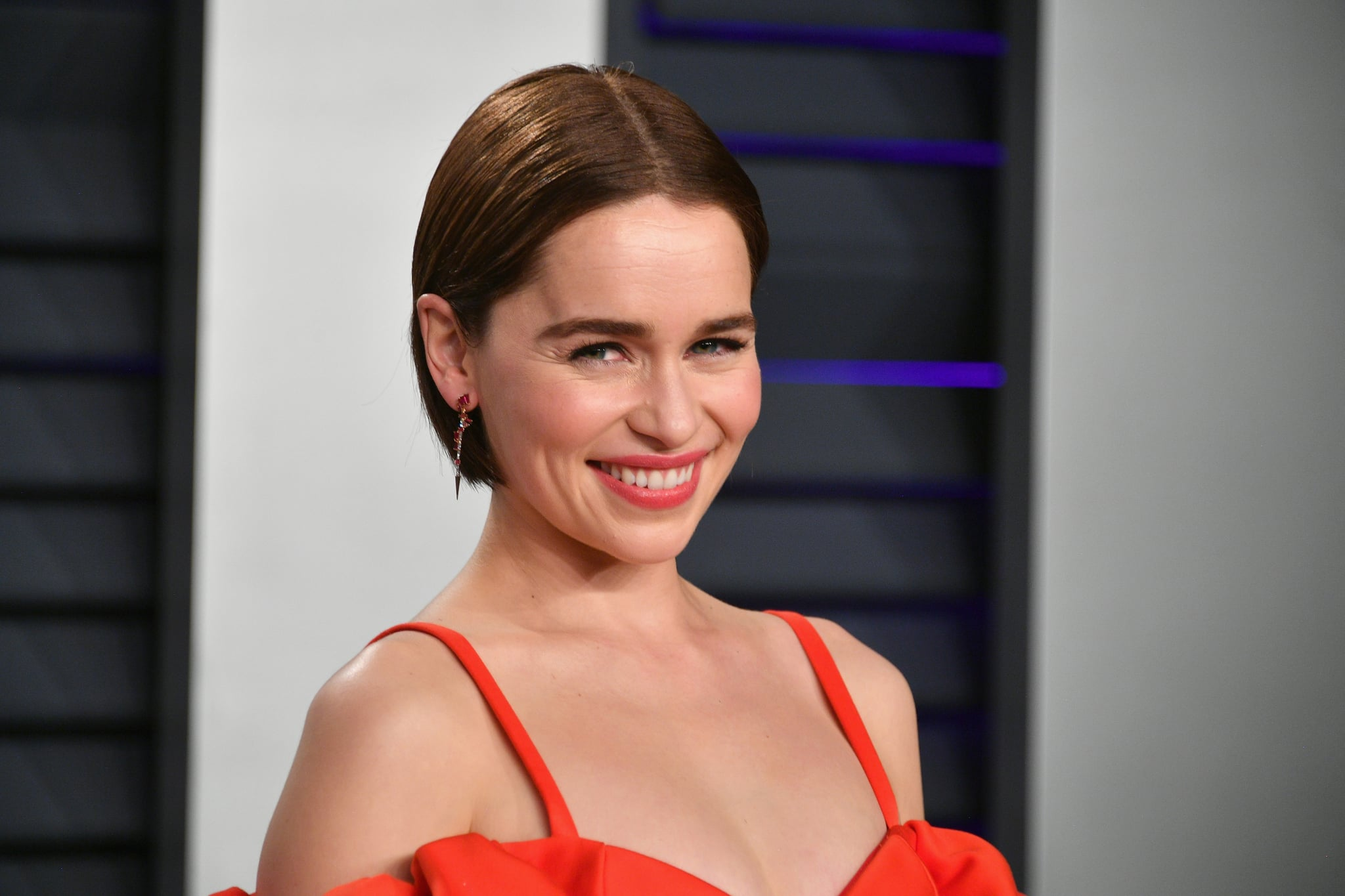 BEVERLY HILLS, CA - FEBRUARY 24:  Emilia Clarke attends the 2019 Vanity Fair Oscar Party hosted by Radhika Jones at Wallis Annenberg Center for the Performing Arts on February 24, 2019 in Beverly Hills, California.  (Photo by Dia Dipasupil/Getty Images)