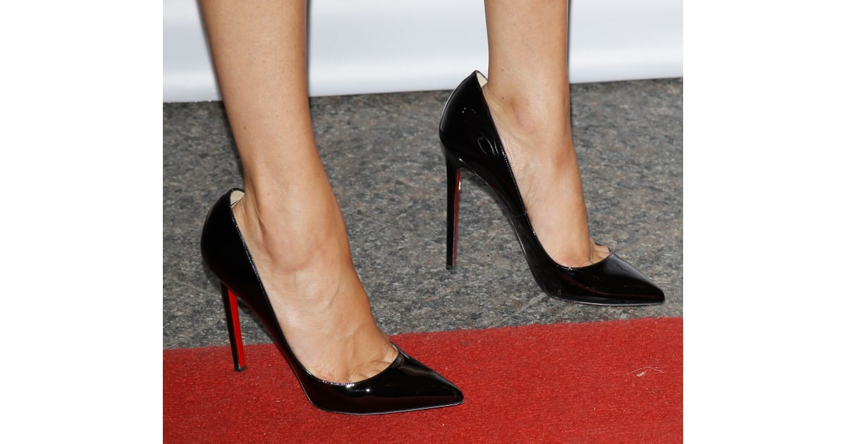 f630090c2a33 She finished her look with her Christian Louboutin heels.