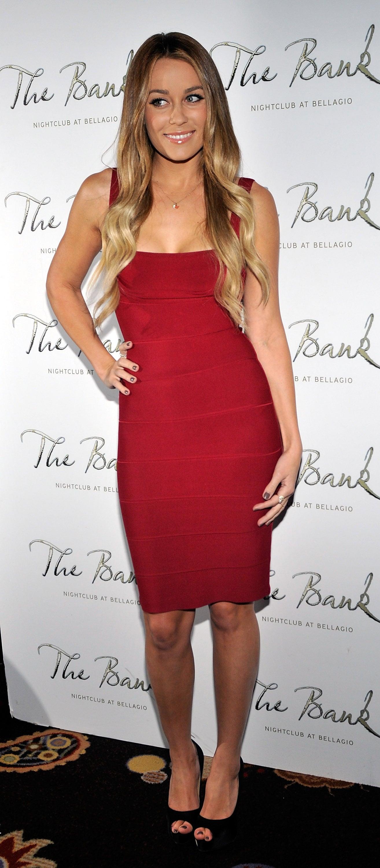 Lauren red hot Nicole Scott