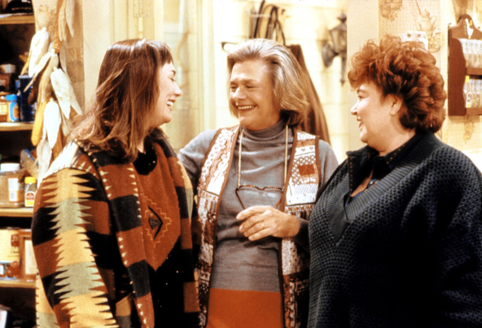 ROSEANNE, (episode: Confessions, Season 3), Laurie Metcalf, Estelle Parsons, Roseanne, 1988-97, (c)Carsey-Werner Company