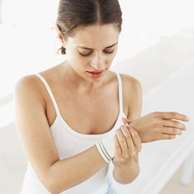 You Asked: Wrist Pain When Lifting Weights?