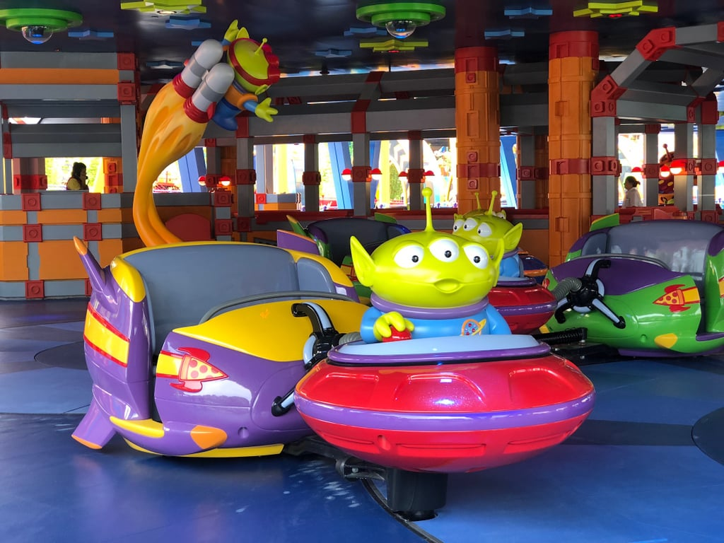 Take a ride on the Alien Swirling Saucers.