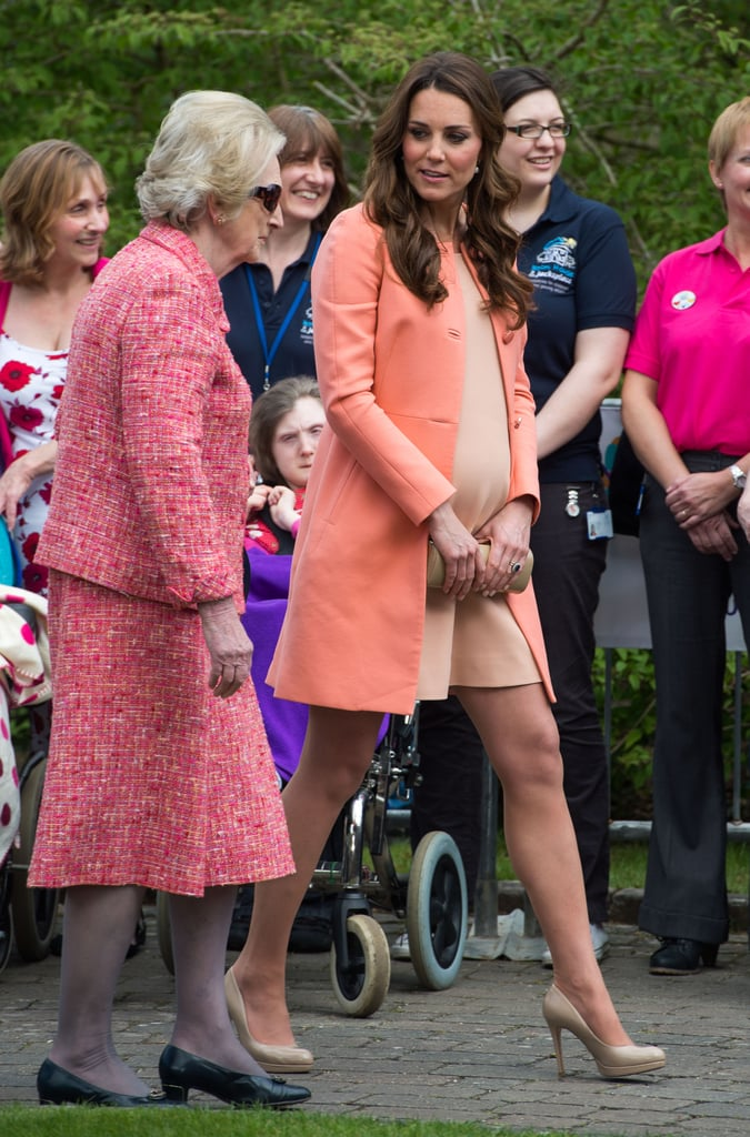 Kate Middleton wore a peach ensemble to visit a children's hospice in Hampshire, England on her two-year anniversary with Prince William.