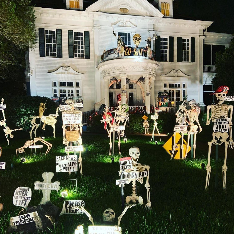 St Charles Halloween House Tour 2020 New Orleans Skeleton House on St. Charles Avenue Photos   POPSUGAR