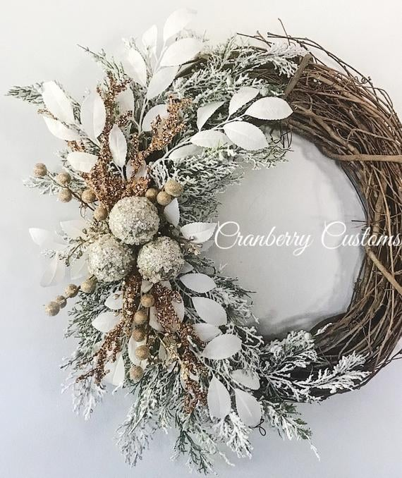 Stylish Winter Wreath