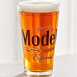 Retro Modelo Logo Pint Glass