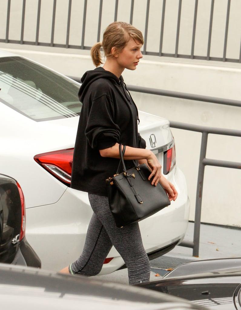 b15ee345b0db Taylor Swift's Best Bags   POPSUGAR Fashion