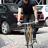 Justin Theroux rode his bike around NYC on Tuesday.