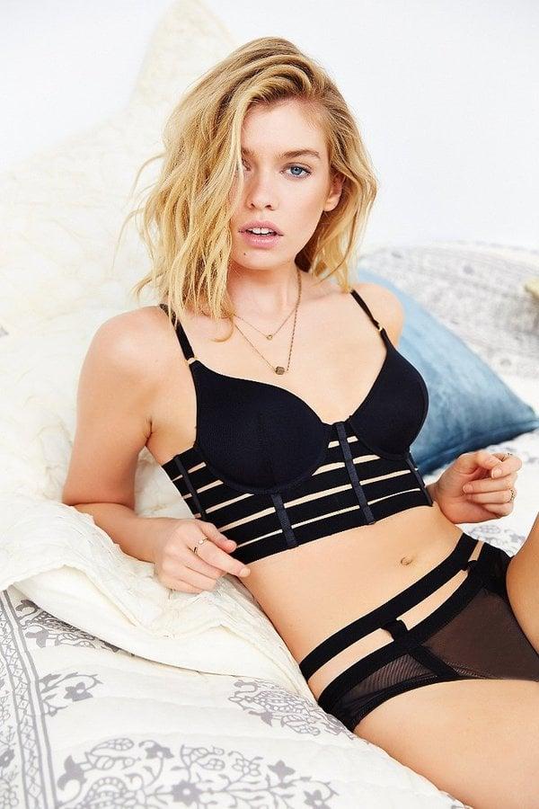 Long line bra tranny this badly