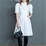 بدت جوليان مور راقية بشكل مذهل في فستانها الأبيض