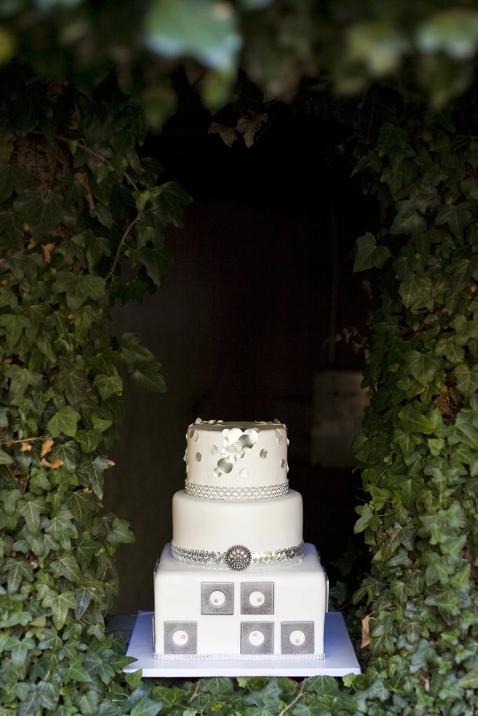 Between the metallic embellishments and geometric detail, we can't get enough of this unique cake.