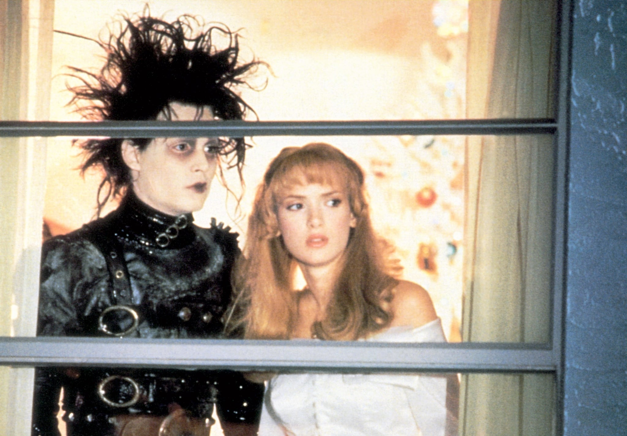 Kim Boggs, Edward Scissorhands | 9 Winona Ryder Characters That ...