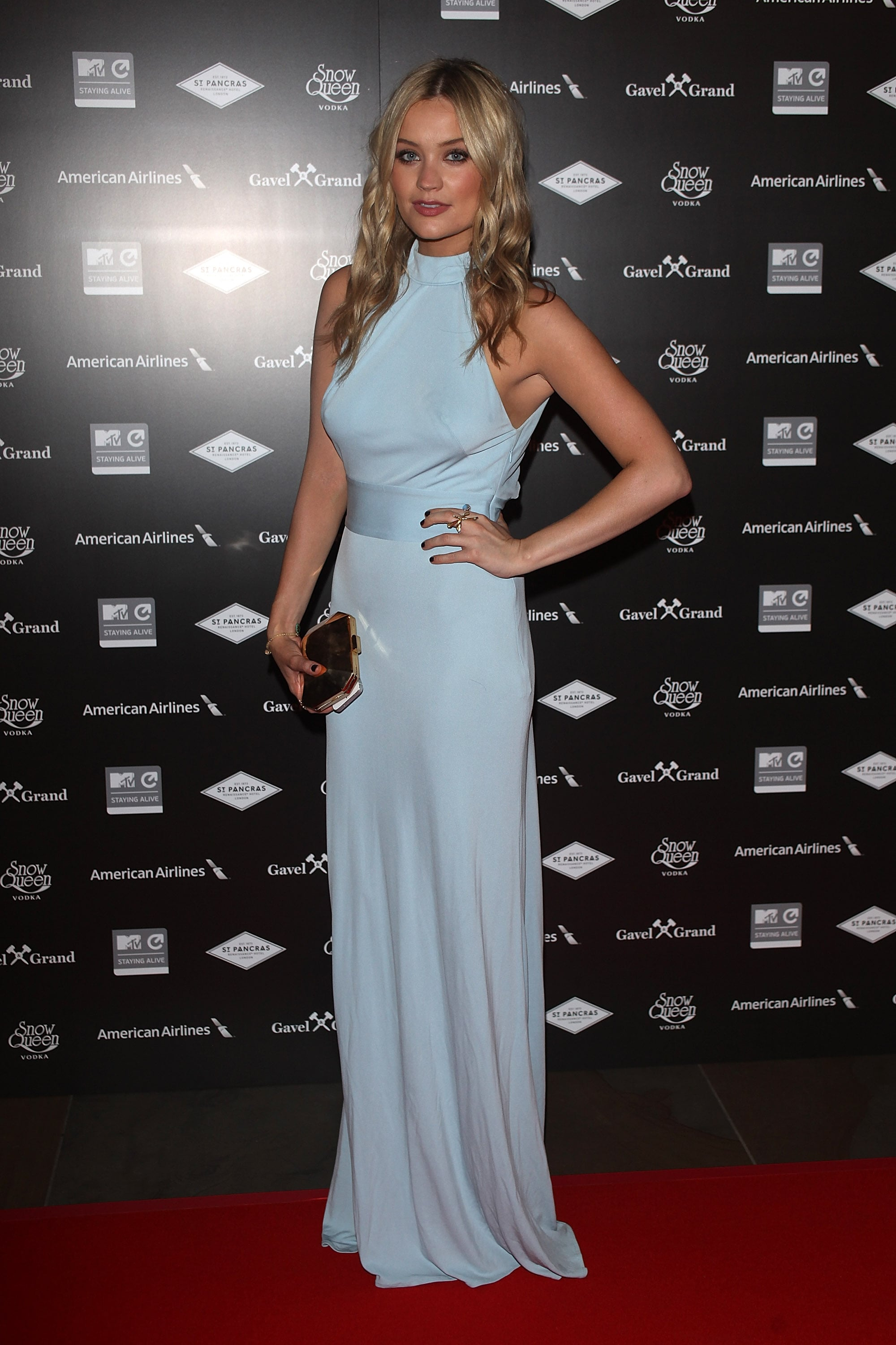 Laura Whitmore softened things up with a pale blue column at MTV's London bash.