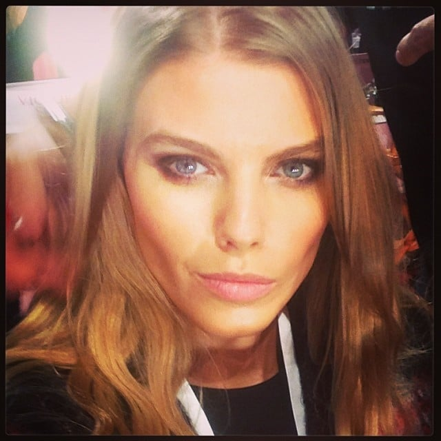 Model Maryna Linchuk shot a selfie backstage. Source: Instagram user marynalinchuk1