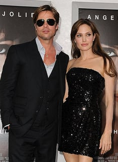 Brad Pitt et Angelina Jolie acceptent les dedommagements d'un magasine anglais