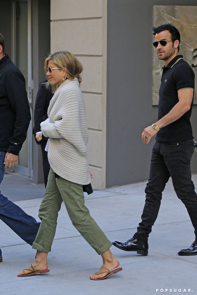 Jennifer Aniston and Justin Theroux shopped together in NYC.