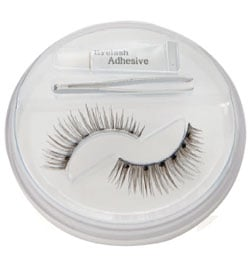 New Product Alert:  Take 5 Cosmetics Dramatic Eyelash Kit