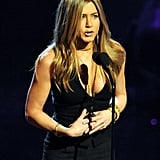 Jennifer Aniston Presenting at the People's Choice Awards