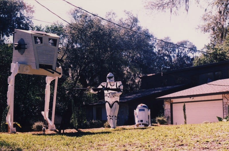 Decorate Your Front Yard With A Star Wars Theme