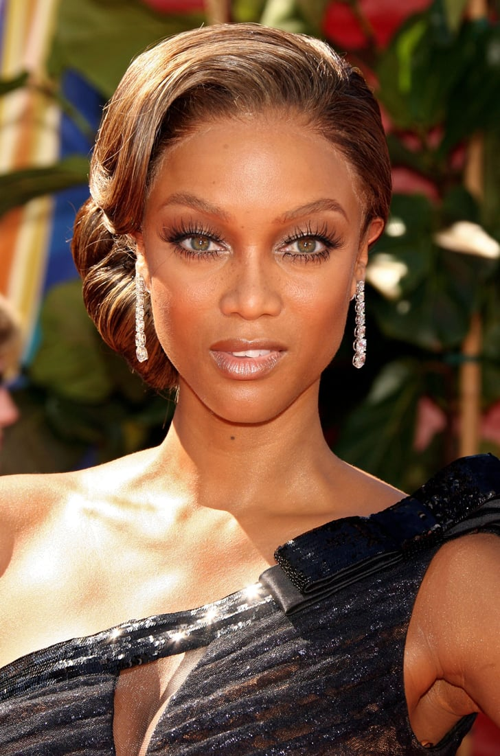 Tyra Banks In 2006 The Best Emmys Looks Of All Time