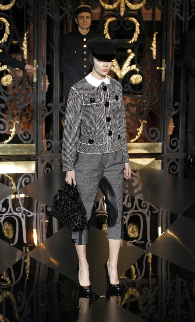 2011 Fall Paris Fashion Week: Louis Vuitton