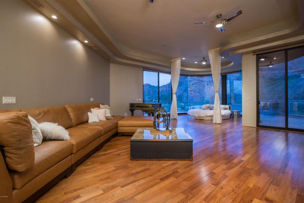 alicia keys and swizz beatz 39 s arizona vacation home. Black Bedroom Furniture Sets. Home Design Ideas
