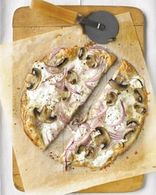 Pizza With Ricotta and Mushrooms Recipe
