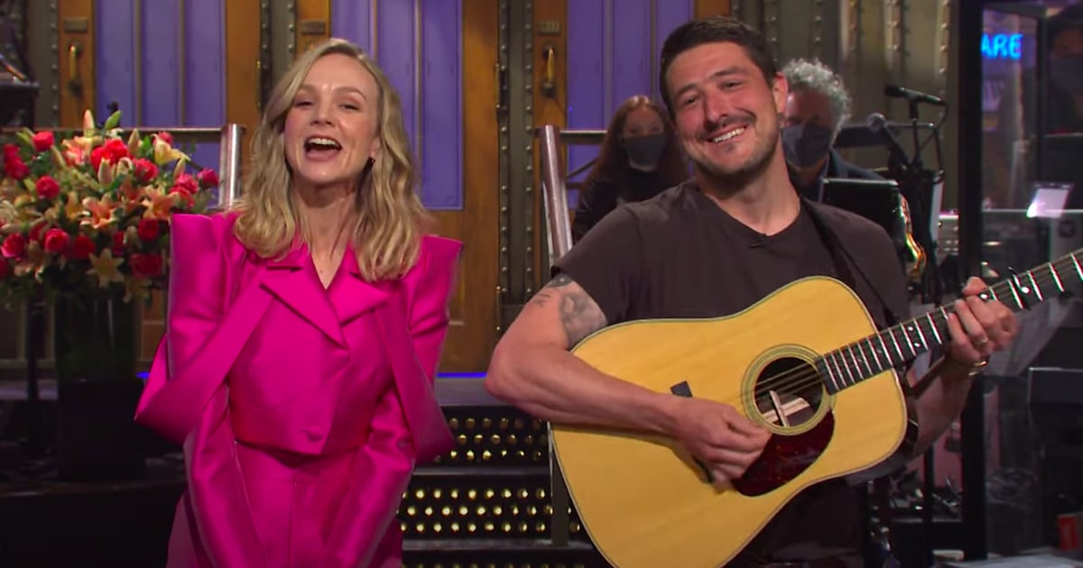 Carey Mulligan's Husband Marcus Mumford Adorably Crashes Her SNL Monologue.jpg