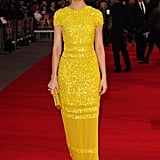 Elizabeth Banks was a ray of sunshine in Bill Blass.