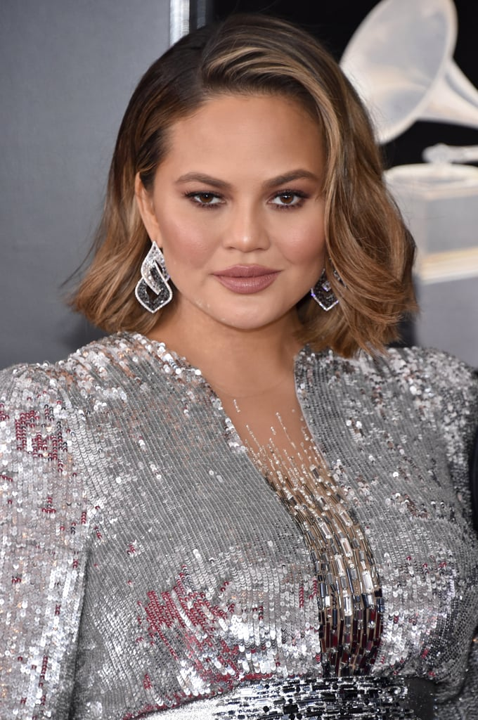 Chrissy Teigen Hair And Makeup At The Grammys 2018 Red
