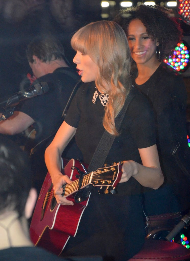 Taylor Swift performed on a boat in Paris.