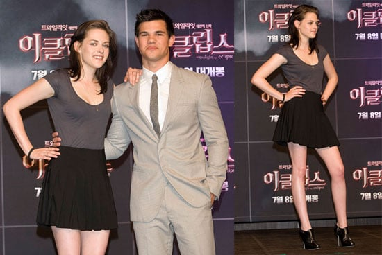 Pictures of Kristen Stewart And Taylor Lautner at a Photo Call For Eclipse in Seoul 2010-06-03 15:30:05