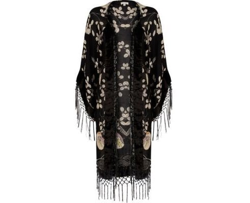 How to Wear a Black Fringed Kimono
