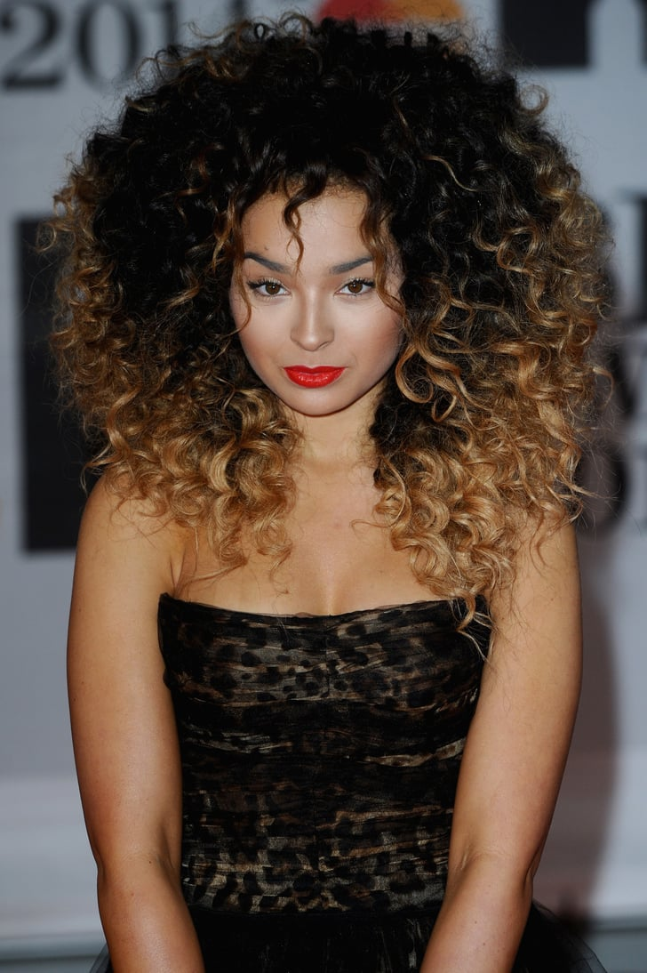 Ella Eyre Beauty Looks From The 2014 Brit Awards